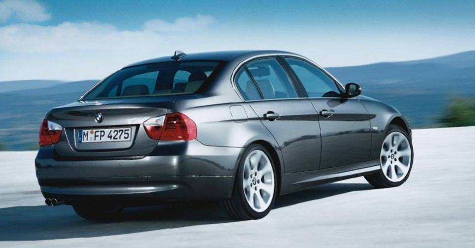 Нестареющий «баварец»: стоит ли покупать BMW 3 E90