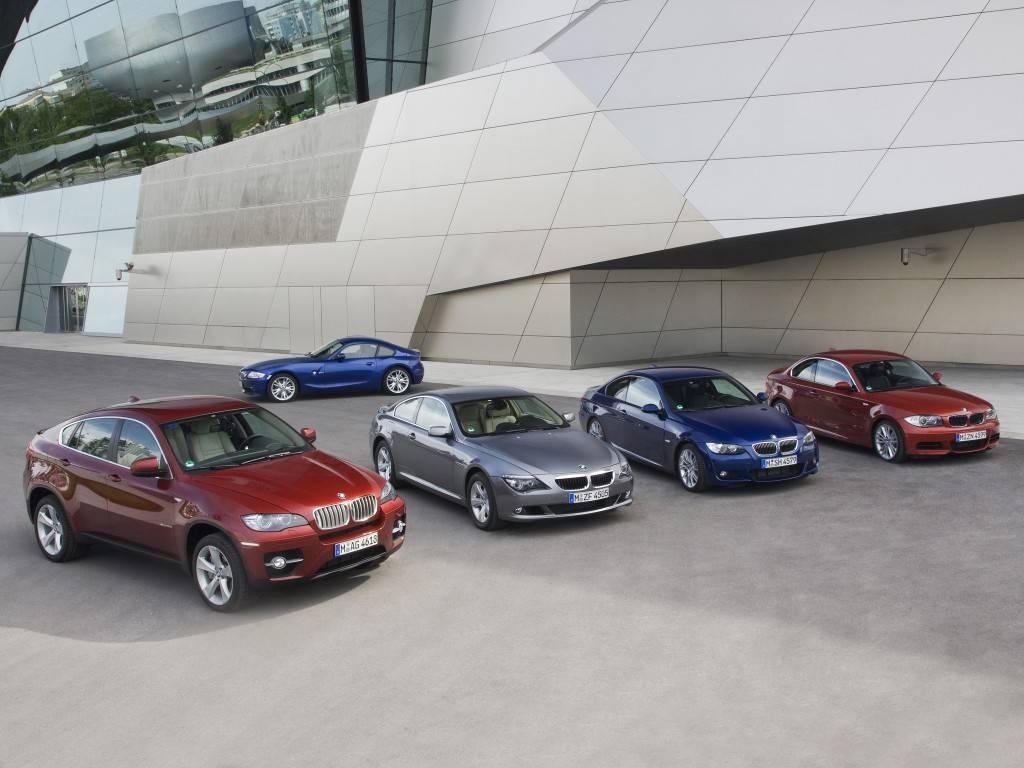 Кому принадлежат известные автомобильные компании (бренды)?