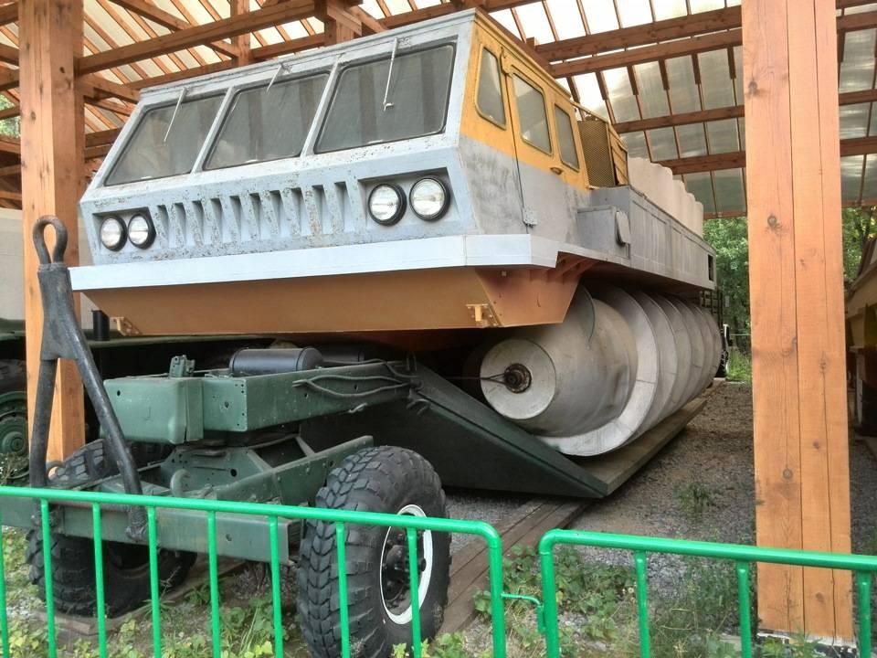 1 мая 1972 года построен шнекоход зил-4904 – самый большой