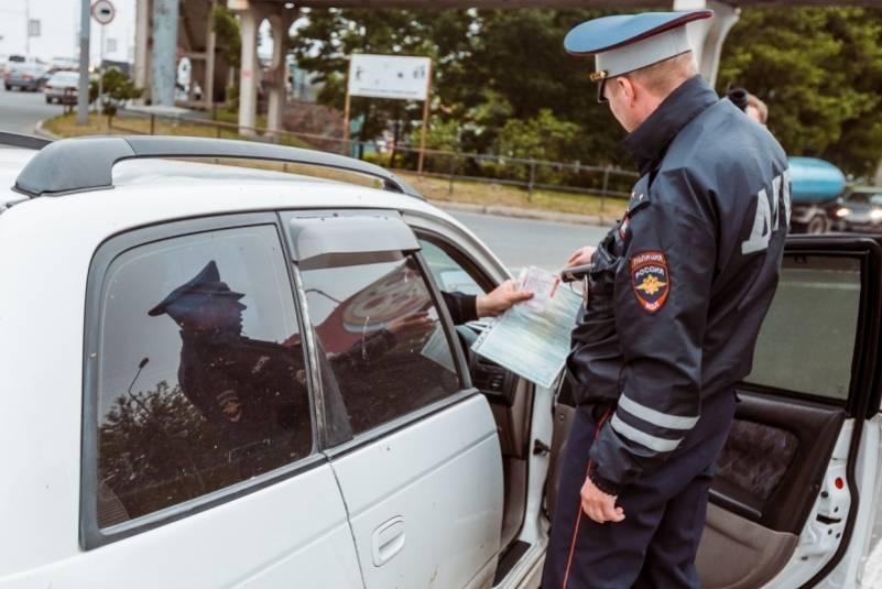 Чем грозит езда без прав, если водитель был их лишён? хитрости езды без прав от юриста
