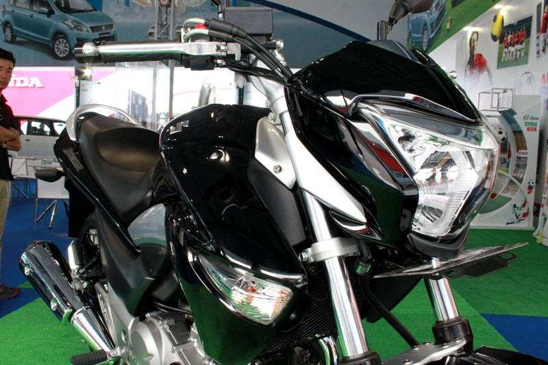 Тест-драйв мотоцикла suzuki gsr250 (gw250) от jcnews, колёса.