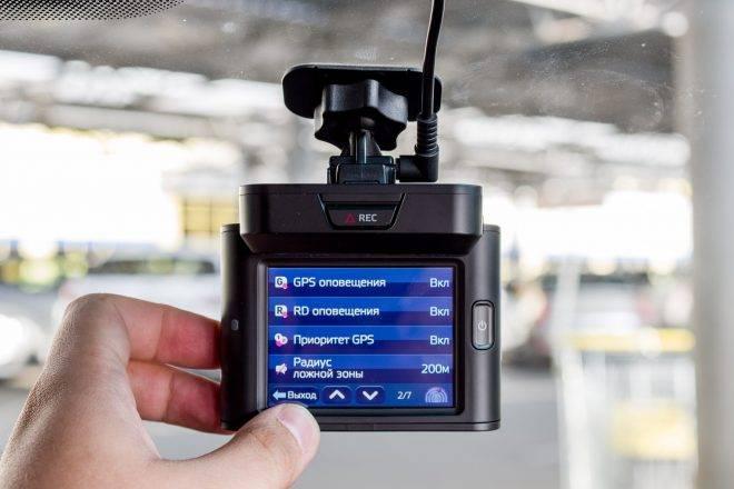 Особенности правильного выбора видеорегистратора для автомобиля