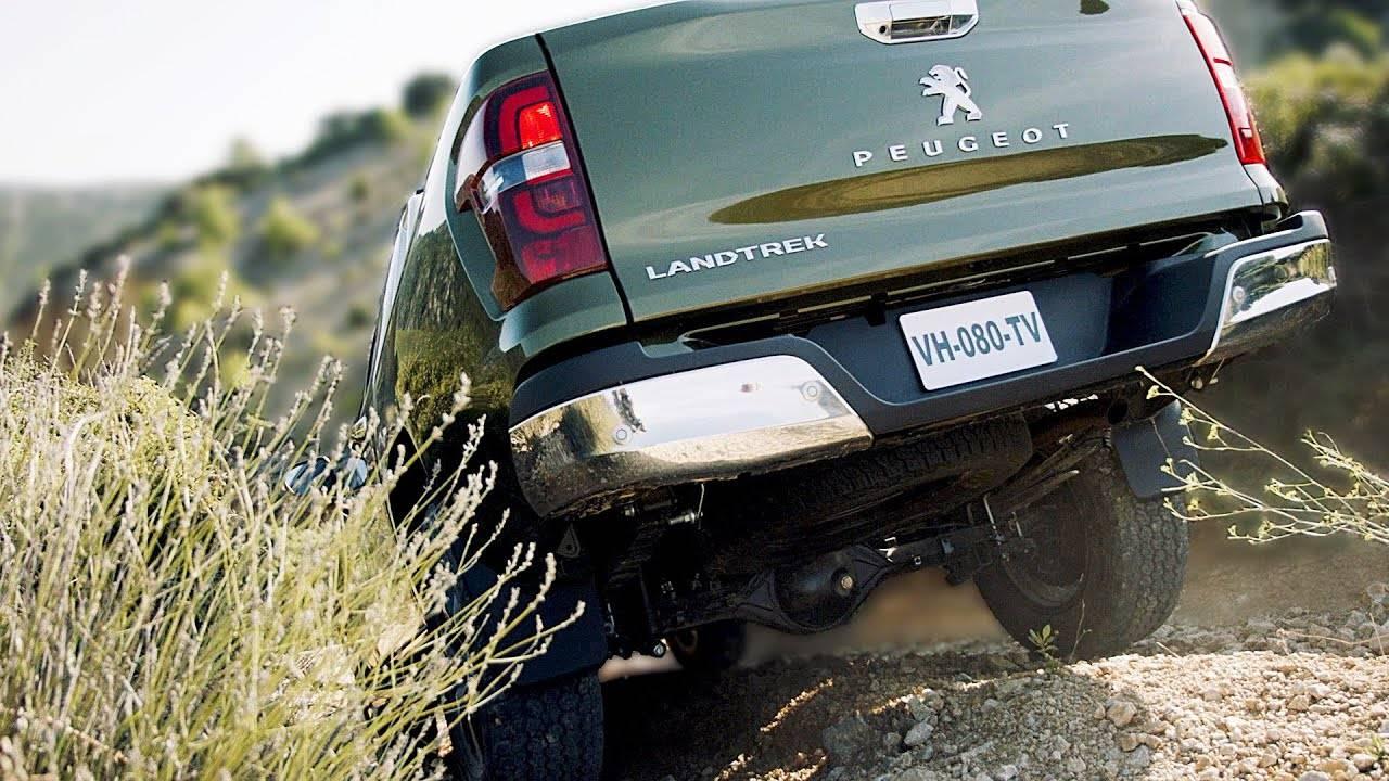 Peugeot презентовал новый пикап Landtrek