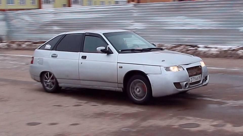 Хетчбэк по-русски: обзор «ВАЗ-2112»