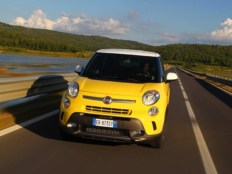 Fiat 500, обзор, характеристики, тест драйв