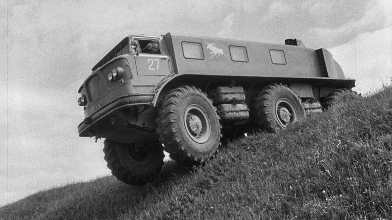 Советский колесный вездеход зил-э167, которому наплевать на любое бездорожье