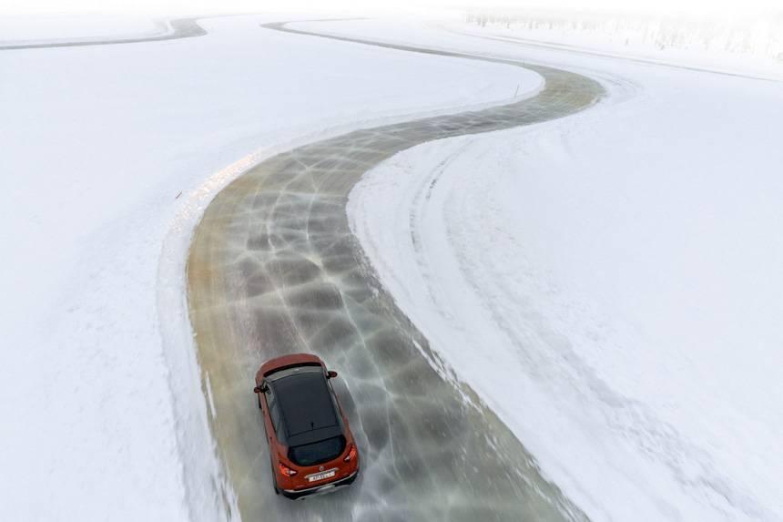 Особенности вождения авто в зимний период