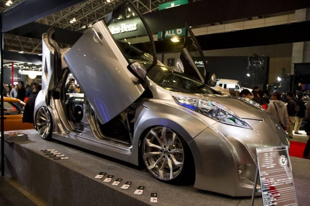 Эти автомобили популярны в Японии: стоит ли брать их в России