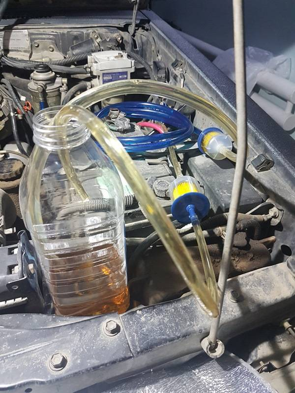 Чем лучше промыть топливную систему бензинового двигателя?