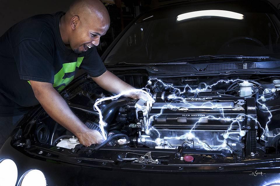 Машина бьет током: что делать