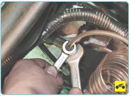 Как прокачать сцепление на своем автомобиле?