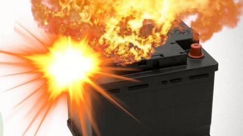 Может ли взорваться аккумулятор автомобиля при зарядке – автотоп