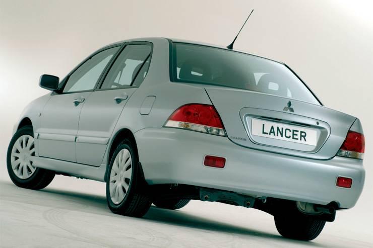 Что лучше: Ford Mondeo III или Mitsubishi Lancer IX