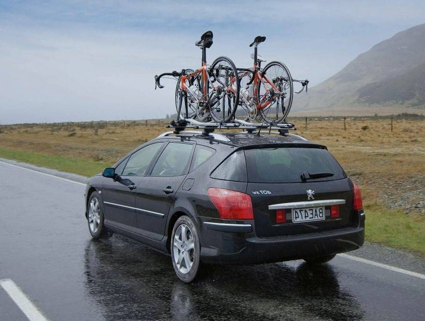 Как лучше перевозить велосипед на автомобиле и виды креплений