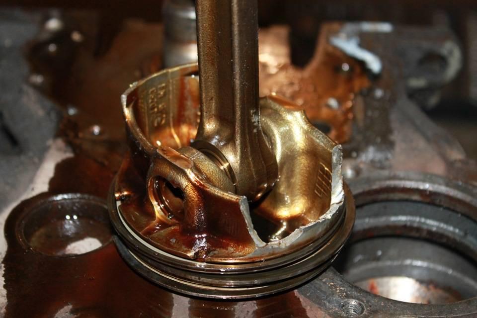 Если ваш мотор ест масло - что какие могут быть причины и что делать