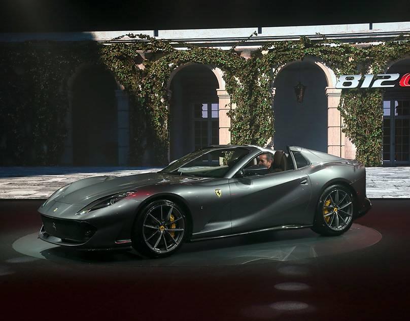 Ferrari 812 gts (2021) review: drop-top v12 vs winter