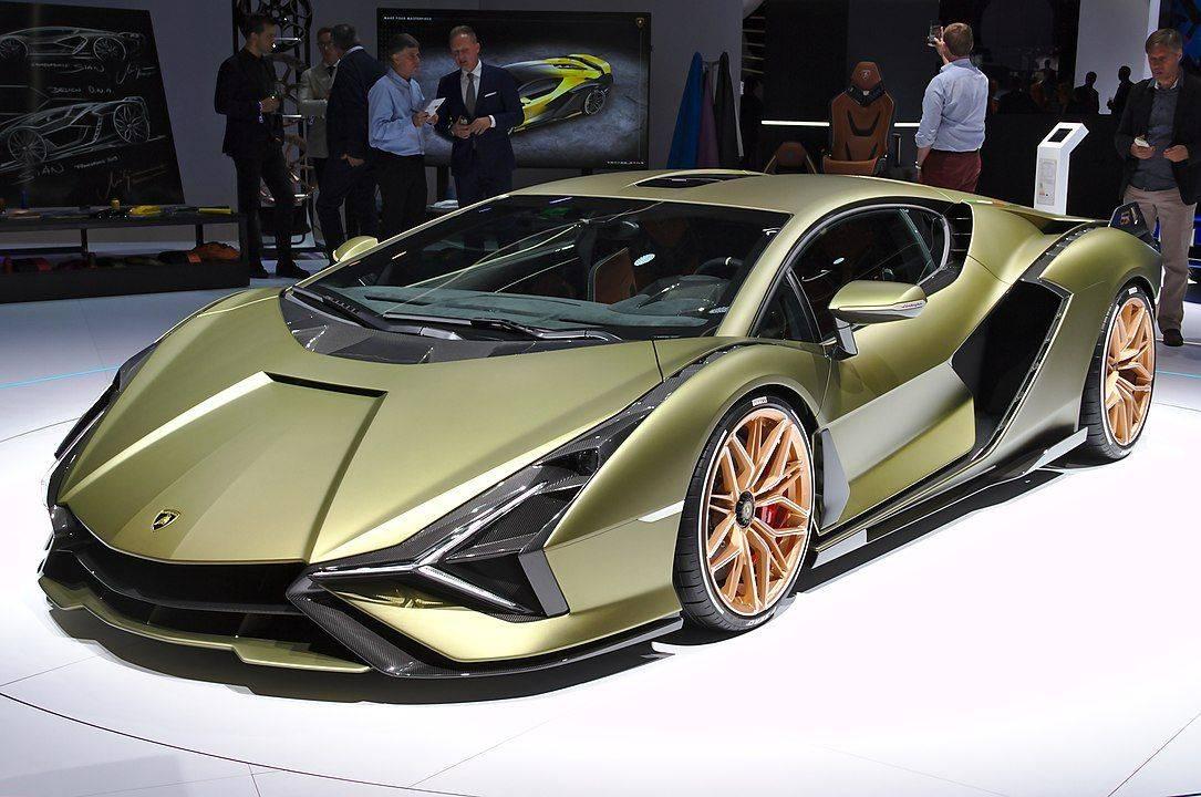 Lamborghini отказалась участвовать в автосалонах