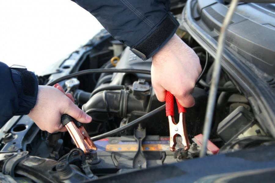 Как завести машину, если сел аккумулятор? полезные советы!