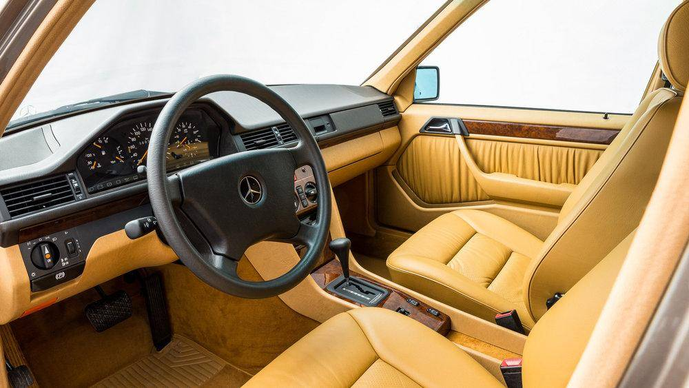 Mercedes e-class (w124) - стоит ли покупать? плюсы и минусы.
