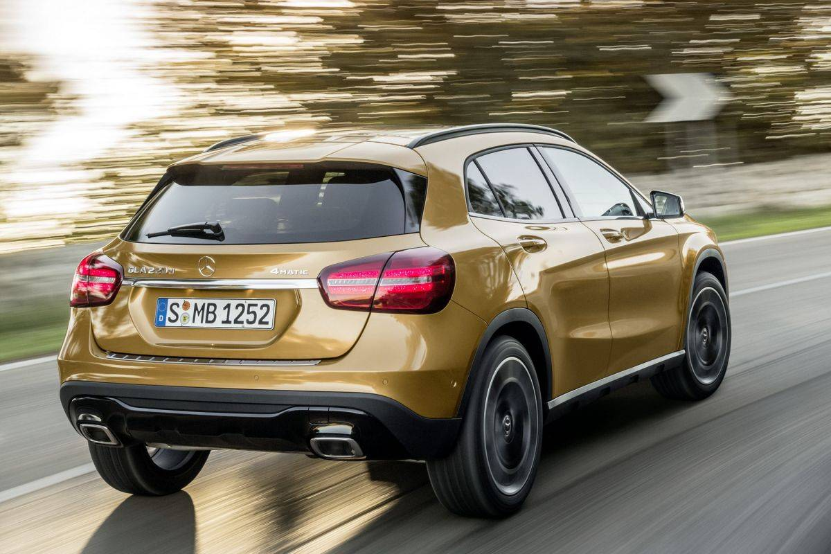 Mercedes-Benz GLA впервые сменил поколение