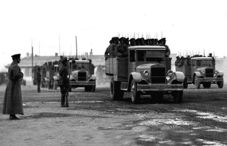 Cкопированные, но советские: редчайшие военные автомобили амо. советские автобусы амо, зис, зил грузовой автомобиль амо ф 15 ттх схемы