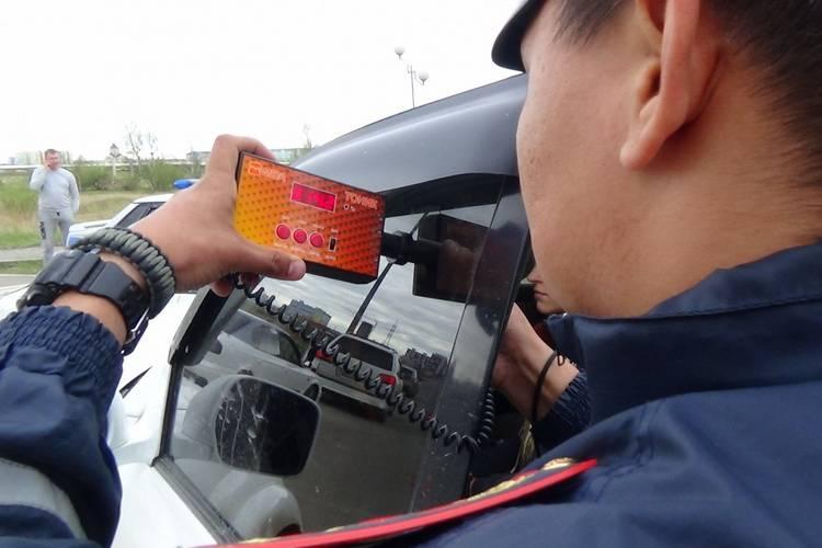 Как проверить светопропускание стекол проверка тонировки на стеклах