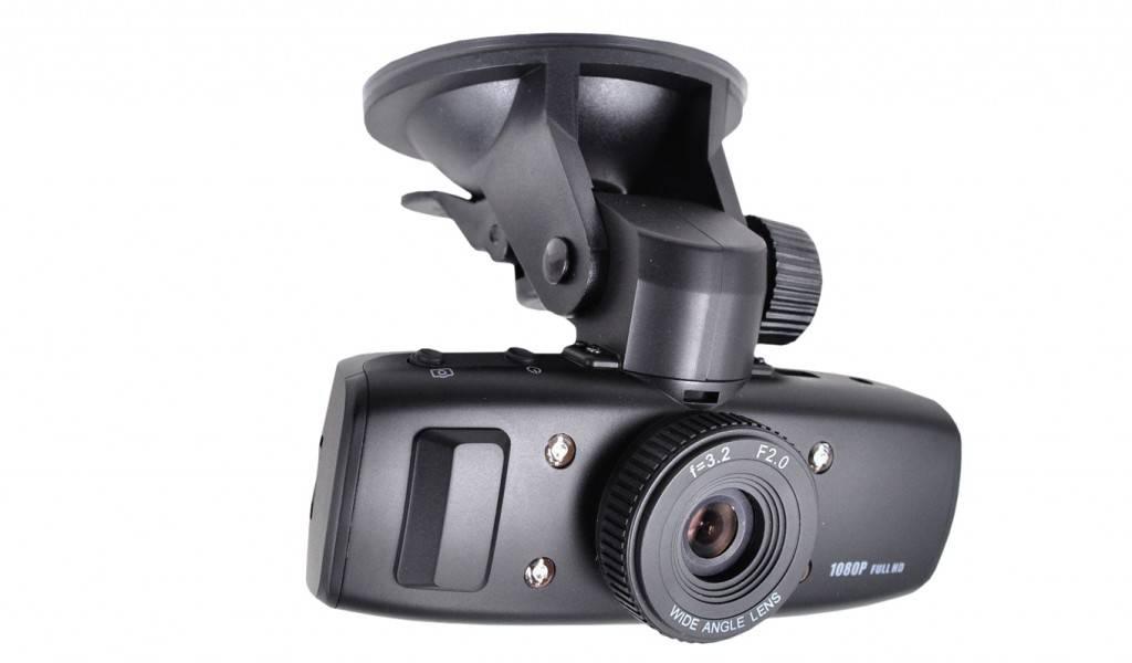 Как правильно выбрать автомобильный видеорегистратор: советы специалистов