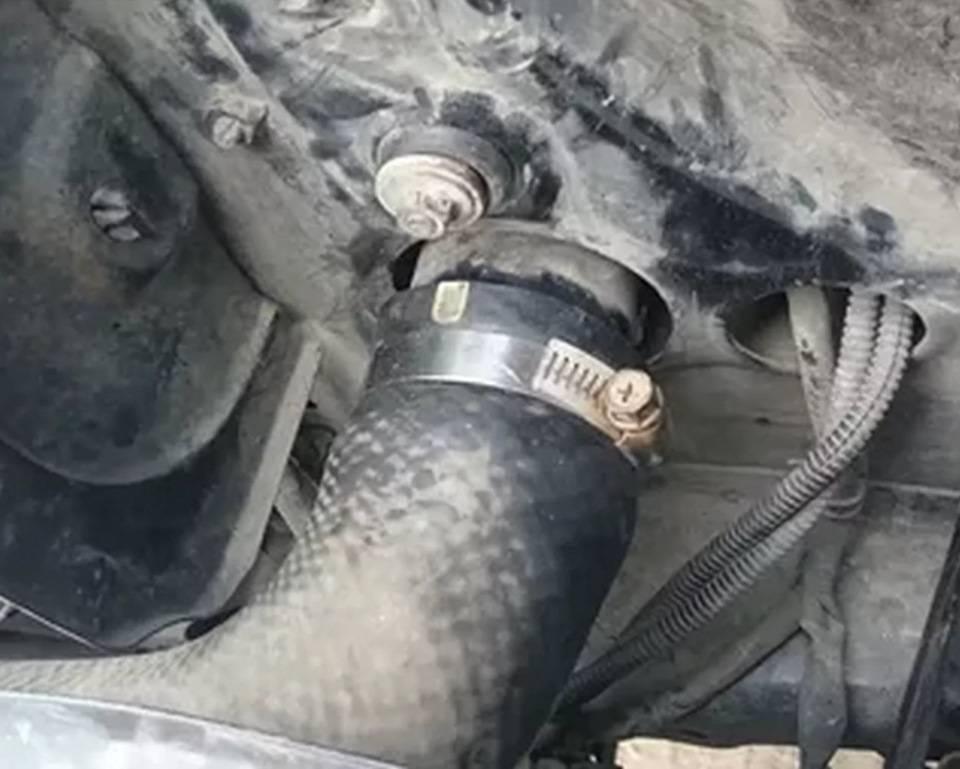 Вибрация двигателя при включении кондиционера, основные причины и способы их устранения
