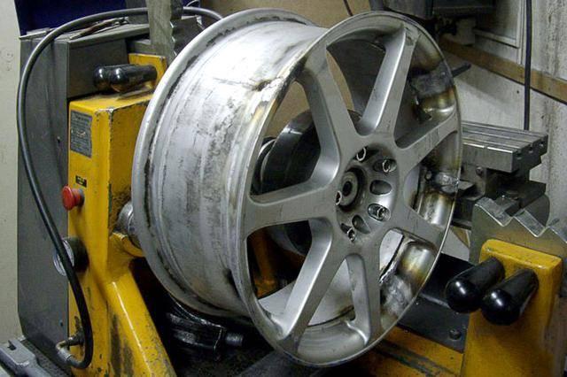 Нужно ли менять колесные диски? / как узнать?
