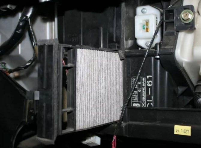Салонный фильтр ниссан кашкай: где находится, замена
