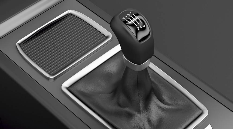 10 признаков поломки коробки передач
