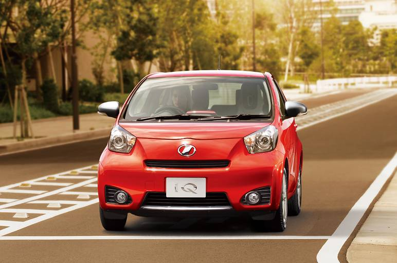 Эксперты назвали самые популярные японские автомобили с пробегом