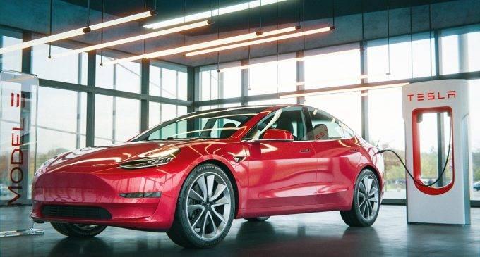 Tesla удешевила автопилот на model 3 и model y