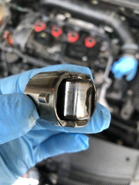 Как устранить «жор» масла двигателем без капремонта?
