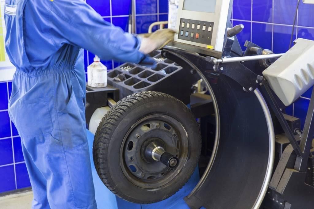 Как отбалансировать колеса в домашних условиях. балансировка колес своими руками. как узнать нужна ли балансировка