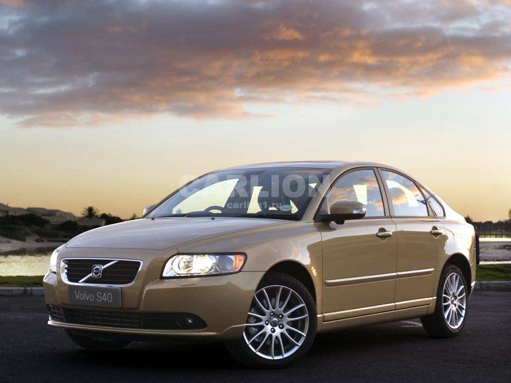 Сравнение автомобилей универсал ford focus iii и седан volvo s40 ii рестайлинг
