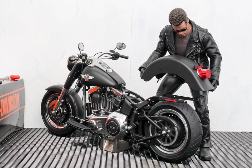 10 крутых мотоциклов из кино