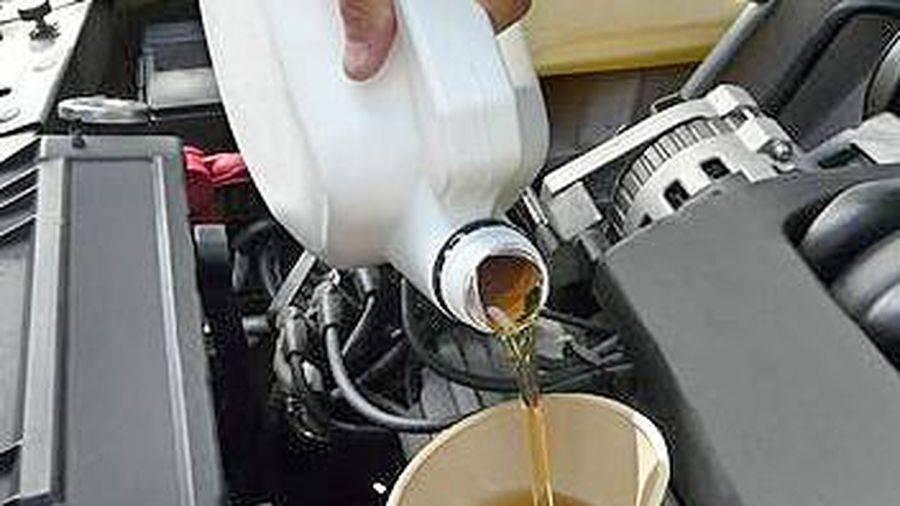 Как самому правильно менять масло в двигателе?