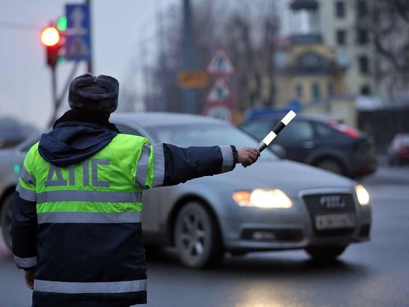 Штрафы за езду без прав в 2021 году – размер, основания эвакуации, скидка на оплату и нюансы | защита прав автовладельцев в 2021 - 2022 году