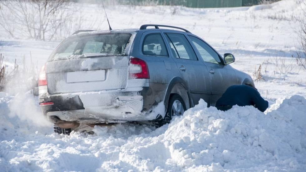 Зимнее вождение - 7 основных правил безопасности