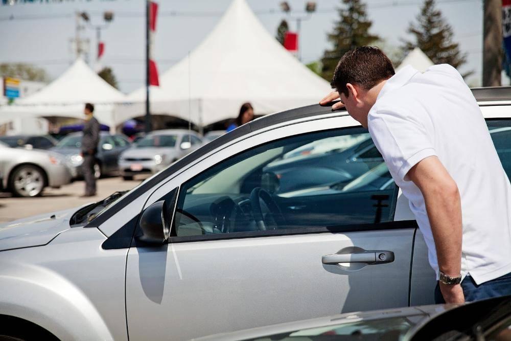Обман в автосалонах, виды и способы обмана покупателей автомобилей