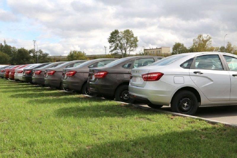 Хетчи и седаны больше не привлекают российских автолюбителей