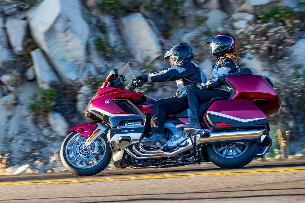 Обзор мотоцикла honda gl1800 gold wing (2018+) + tour