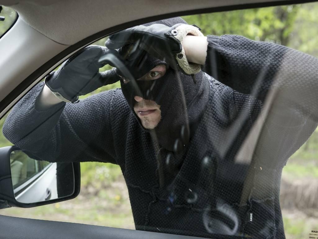 Как понять, что вашу машину хотят угнать? 4 очевидных признака, на которые никто не обращает внимания - авто гуру