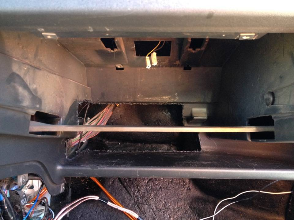 Как заменить радиатор печки ВАЗ 2114 и краник печки ВАЗ 2114