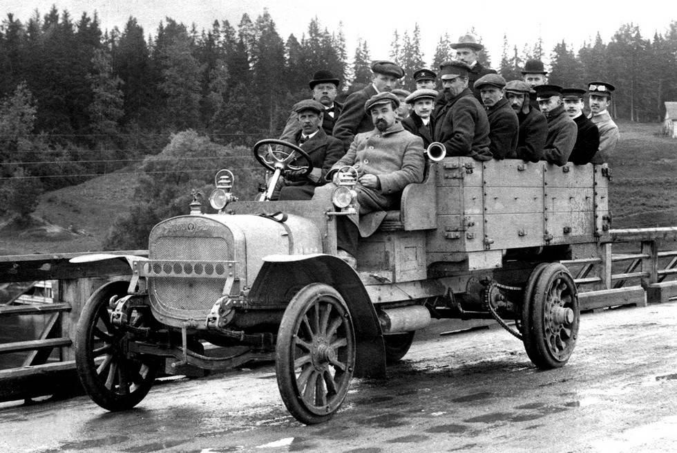 Архивы военные грузовики - альтернативная история