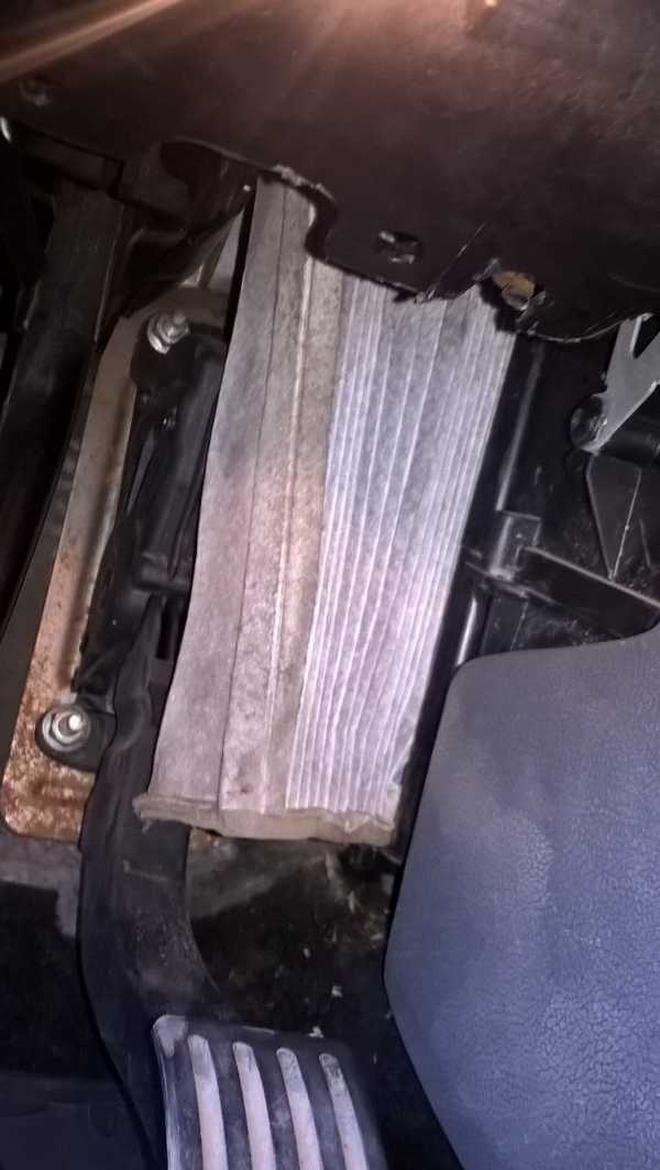 Салонный и воздушный фильтры форд фокус 2 и их замена
