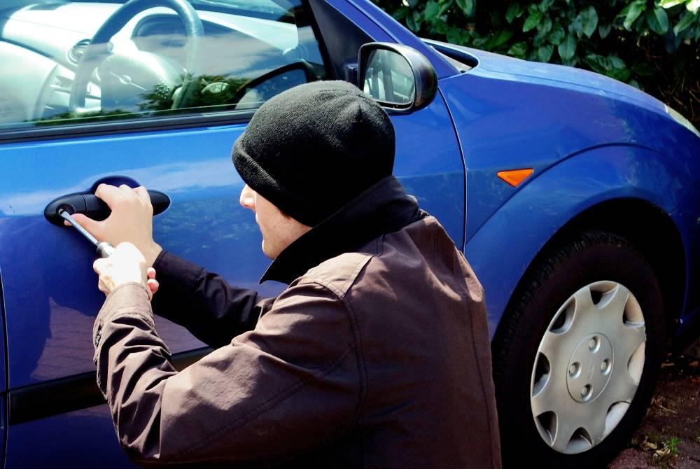 Как защитить авто от угона своими руками: 10 советов