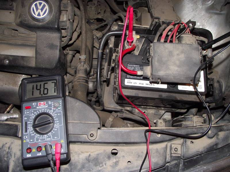 Почему аккумулятор авто не заряжается