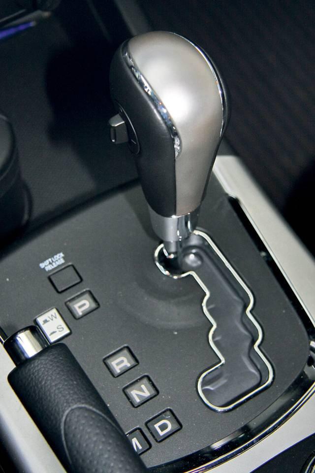 Вождение на автомобиле с автоматической коробкой переключения передач (акпп) для начинающих водителей